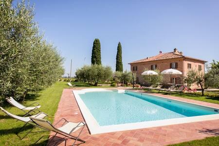 Il Giardino di Diana (6 pax) - Cortona - Villa