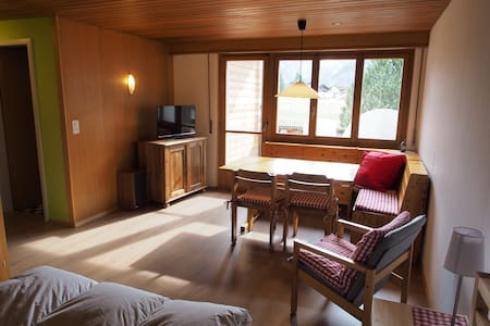 cozy apartment in Chalet Daria - Kandersteg - Apartment