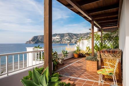 Gorgeous penthouse in La Herradura - Almuñécar - Leilighet