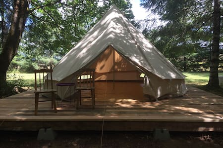 Bell Tent in Wine Country. - Zelt