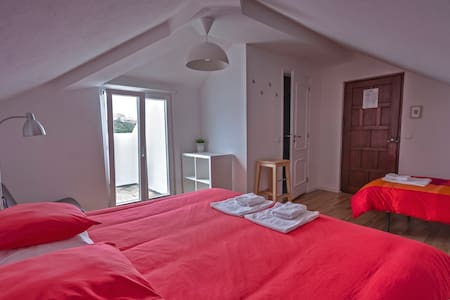 FamilyRoom for 3 or 4_C2 | See View - Sao Pedro de Moel - Bed & Breakfast