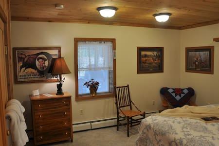 Morkaut's Black Angus Lodge Room #2 - Oda + Kahvaltı