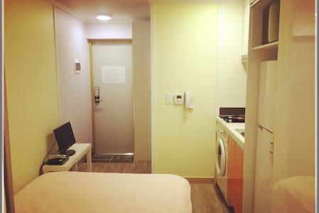 Seoul2016Hotel(首尔弘大2016公寓) - Apartment