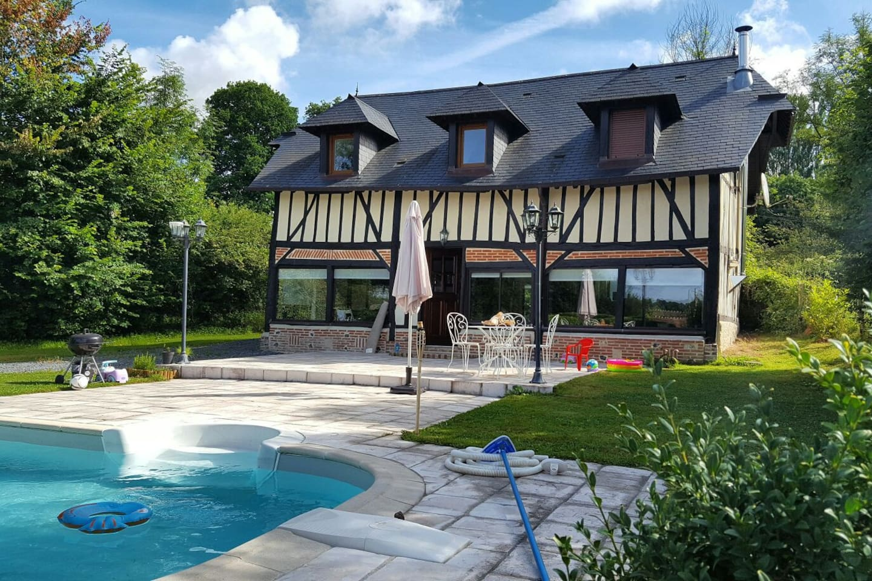 Maison normande moderne av piscine   maisons à louer à bonneville ...