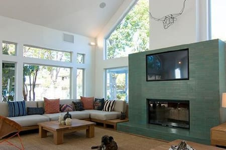 Madrone One bedroom