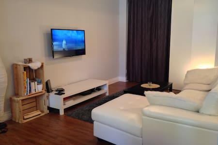 Large cozy appartment, close to downtown, parking - Ville de Québec - Wohnung
