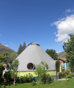 Amazing, Sacred Valley House - Calca - Dom