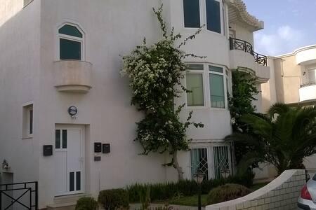 Beautiful appartment near the Beach - Apartment