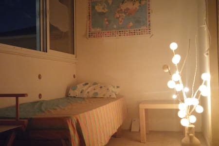 a cozy room in the heart of jaffa