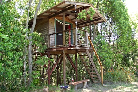 Tree house, Mullumbimby, near Byron - Ağaç Ev