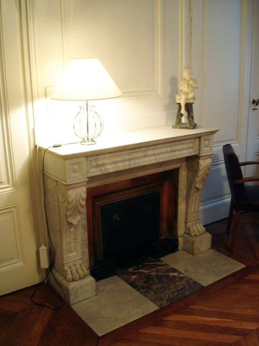 bedroom fire place