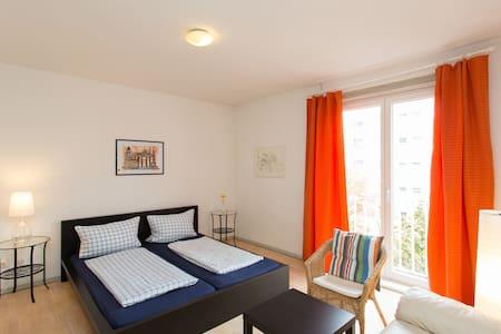 Low Budget-Apartment @KaDeWe