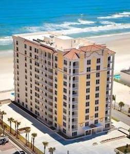 Daytona Beach 3 Bd 3 B Ocnfrt Condo