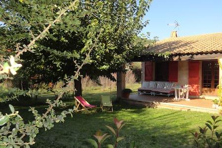 Maison au calme en Provence - Taradeau - Casa