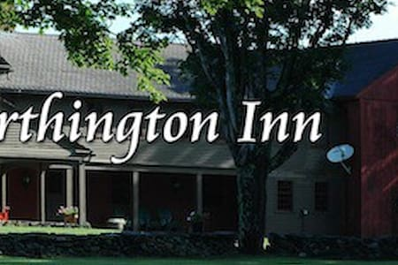 Worthington Inn | Four Corners Farm - Worthington - Bed & Breakfast