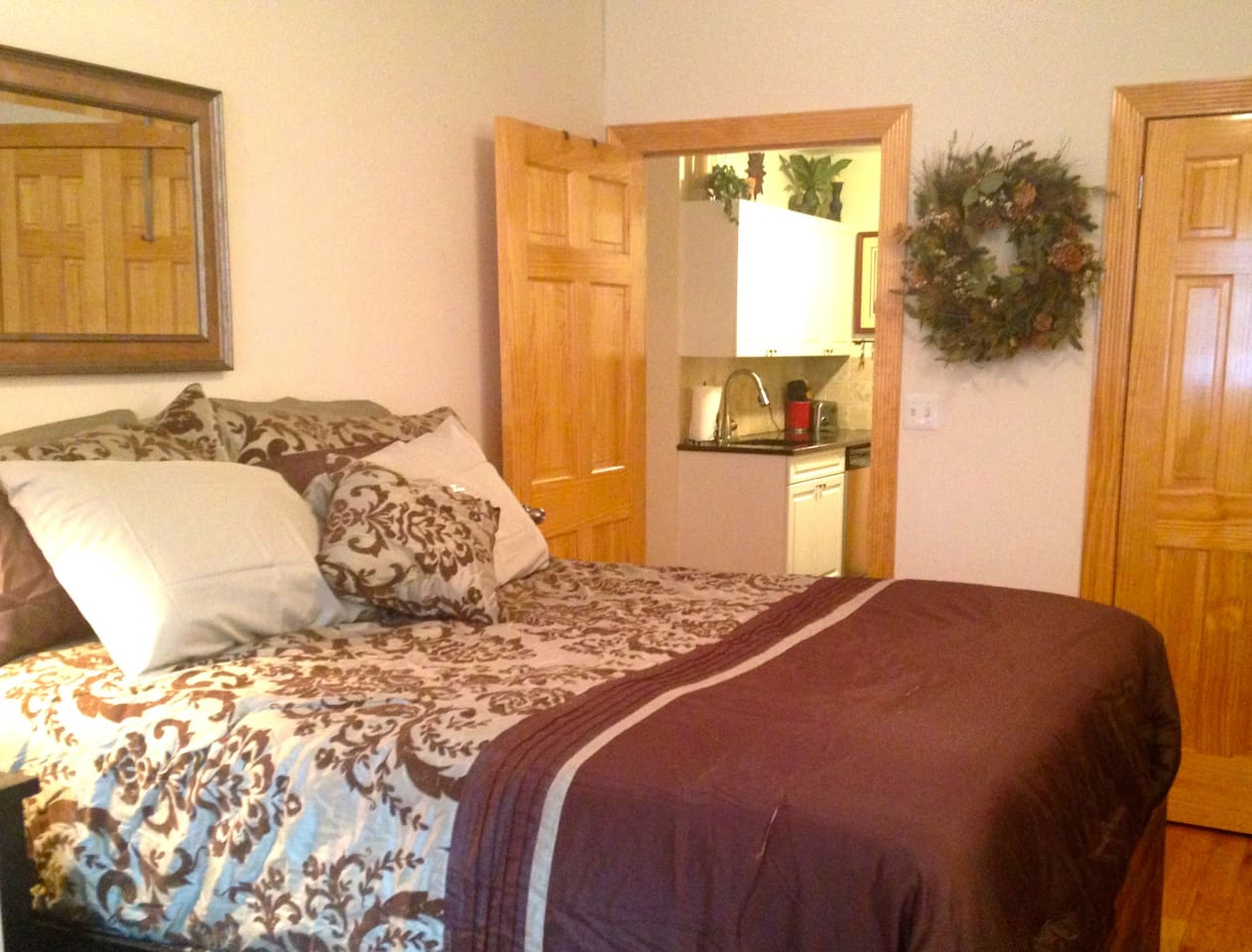 Master bedroom-- complete with Flat screen tv/cable. Wireless internet, A/C and ceiling fan.
