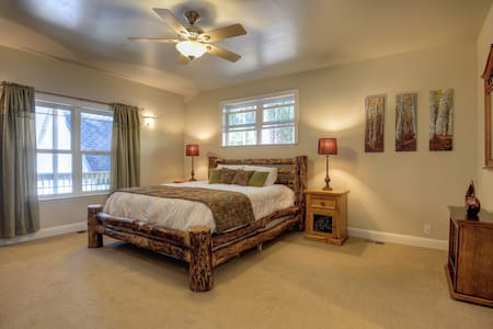 Beautiful Room with a Private Bath - Camino - Bed & Breakfast