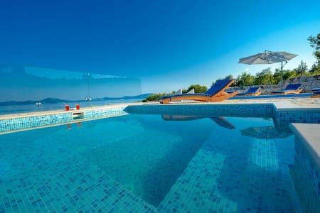 Private Beach Villa with Pool Dubrovnik Riviera - Doli