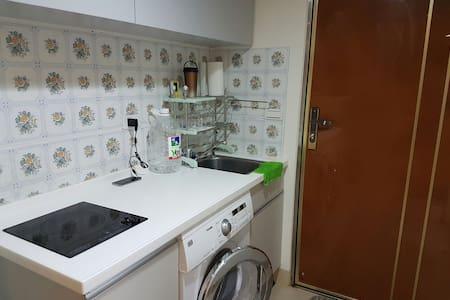 簡單溫馨的挑高式套房 - 竹北市 - Apartment