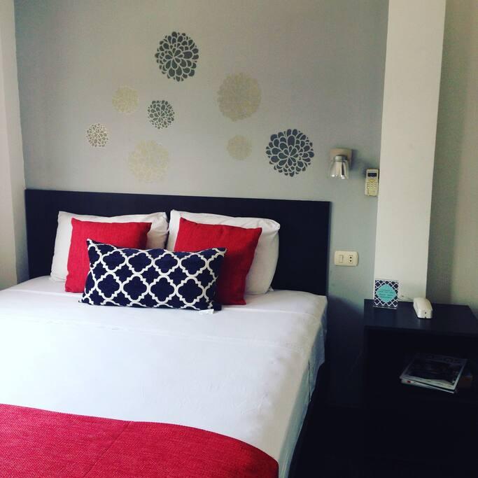Habitación cama queen Size