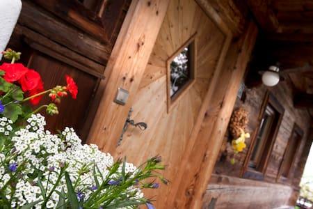 Alpen-Chalet-Pankraz, gediegenes Wohlfühlhaus - Ház