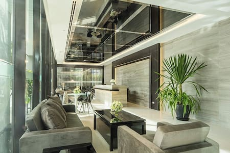 New Modern Unit @ Sathorn - Sathorn Soi 11 - Appartement
