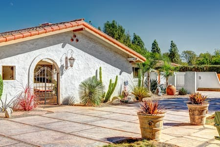 Los Olivos Valley Escape and Spa - House
