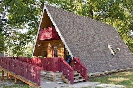 Cozy Cabin near Branson, MO - Casa