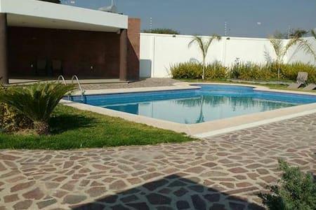 Habitación en Residencial /albercas - Other