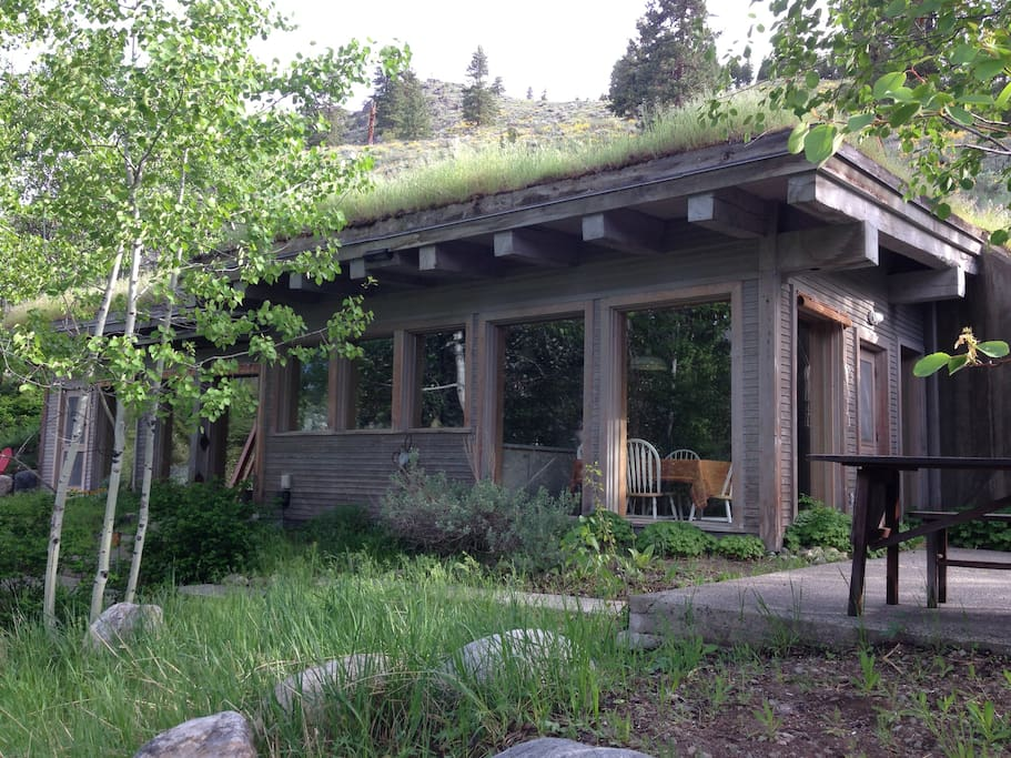 Howe cabin upper methow valley cabins for rent in winthrop for Winthrop cabin rentals