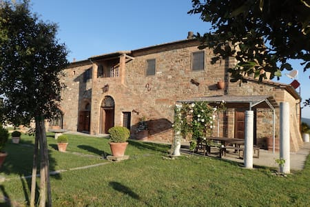 Amazing villa between hills and sea - Montecatini val di Cecina (Pi)