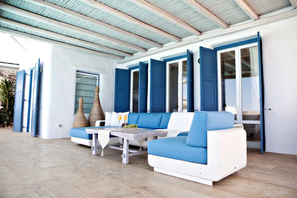 Pool living room