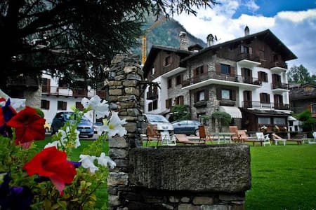 Distinguished apartments and chalet - Apartamento