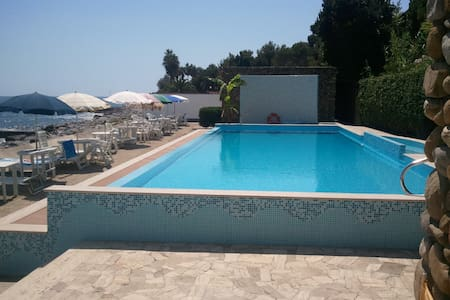Apartment in Sanremo 50m from sea