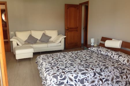 luxury room 4 people in villa - Arona