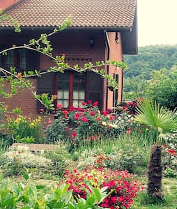B&B The Roses Garden - Cosseria - Bed & Breakfast