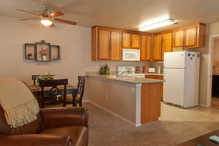 $99 - Darling 1 Bdrm Condo - Chico - Apartment