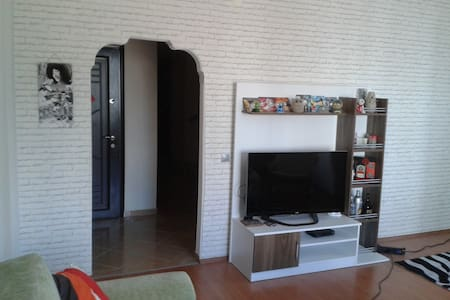 Central location,new furn,free wifi