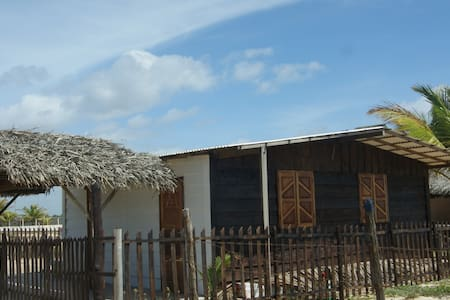 Casa de frente pro mar, praia linda - Estancia