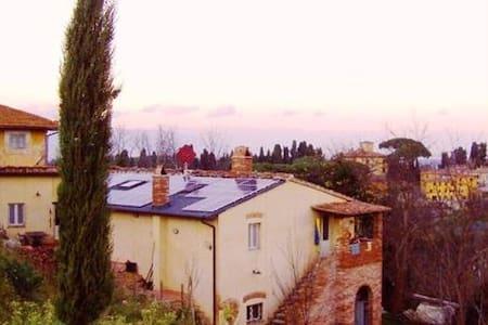 """""""La Volta"""" tra le colline toscane - Usigliano di Lari"""
