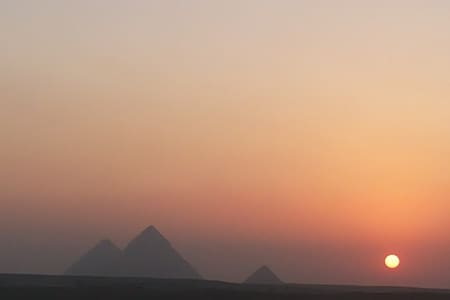Pyramids view apartment/Tour Guide with Car or Van - Cairo - Lejlighed