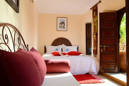 Chambre Elias Canetti - Bed & Breakfast