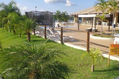 FLAT RESIDENCE - CALDAS NOVAS - LAGO CORUMBÁ - Wohnung