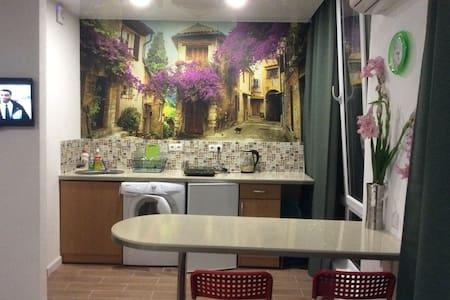 Квартира-студия в новом доме на берегу моря Сочи. - Appartamento