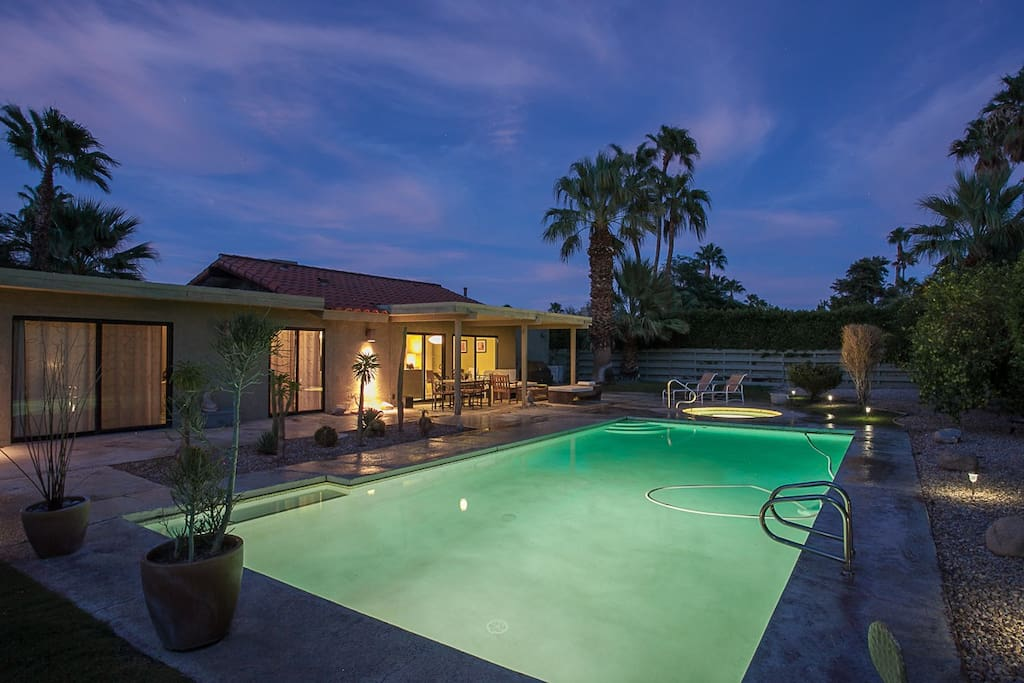 MODERN ZEN OASIS IN PALM SPRINGS!