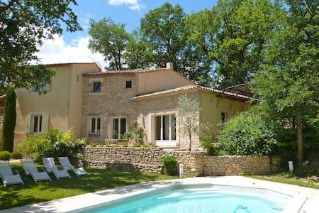 Maison de village Goult en Provence - Ev