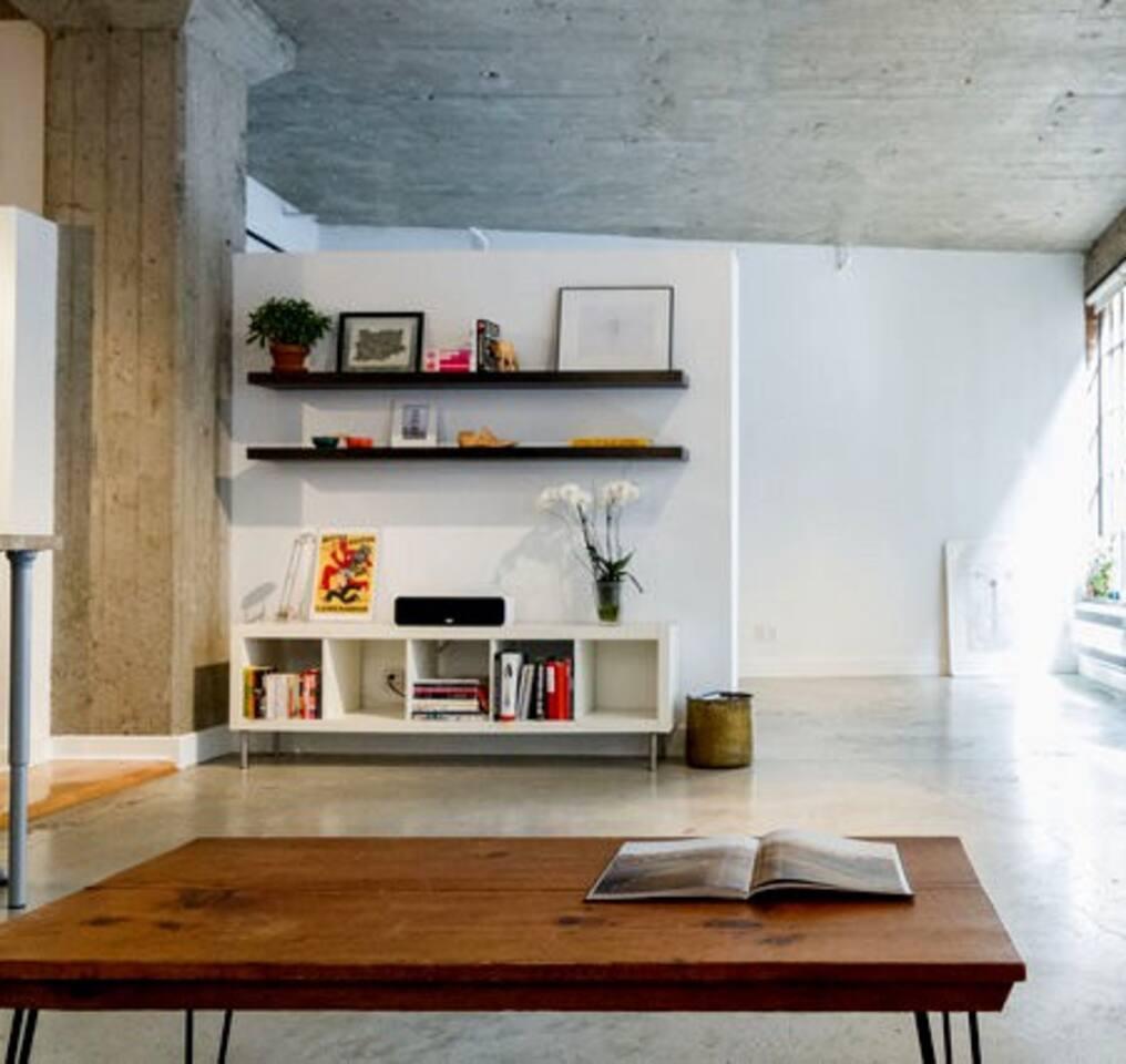 DOWNTOWN MONTREAL Designer Loft