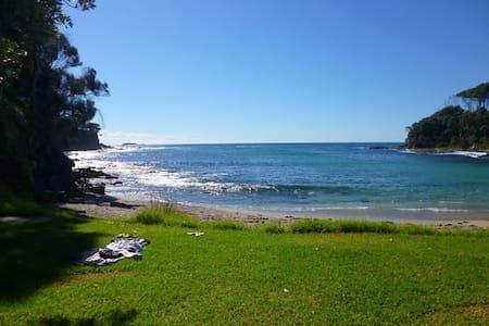 Malua Bay Herb Garden Retreat - Dom