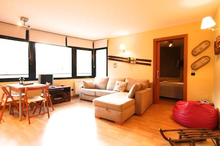 Great flat in Incles, Grandvalira - Pis