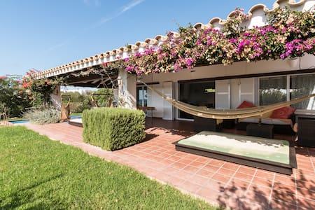 Exclusive villa+pool 200m from sea - Talo